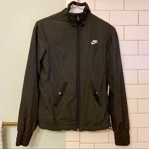 Vintage black wind breaker/zip up